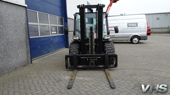 Manitou MC 1800 rough terrain forklift